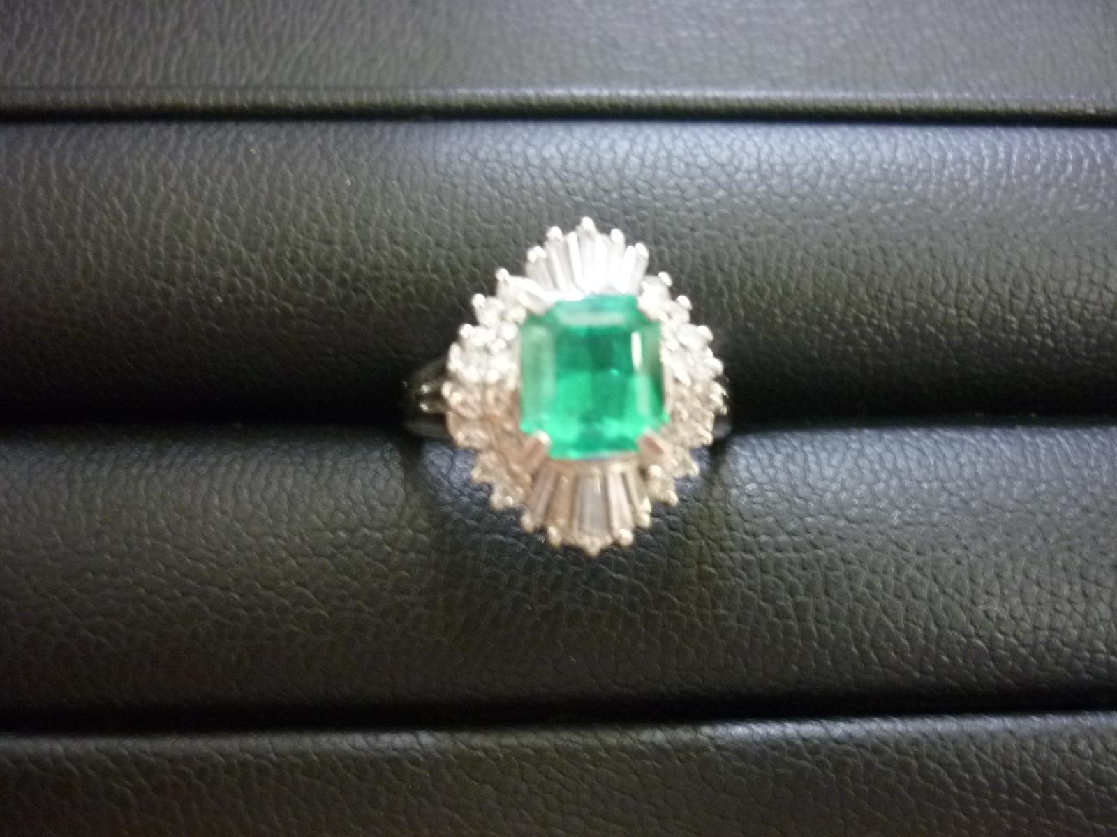 香芝市 宝石 エメラルド ダイヤモンド プラチナ リング 買取 王寺